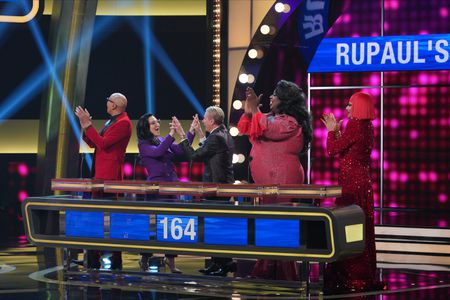 RUPAUL, MICHELLE VISAGE, CARSON KRESSLEY, LATRICE ROYALE, RAVEN - DAVID PETRUSCHIN