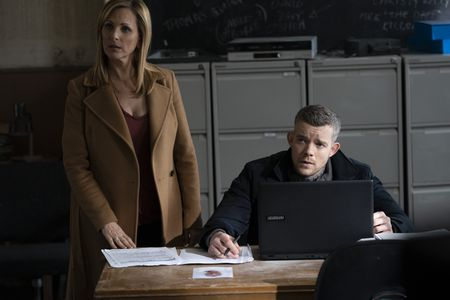 MARLEE MATLIN, RUSSELL TOVEY