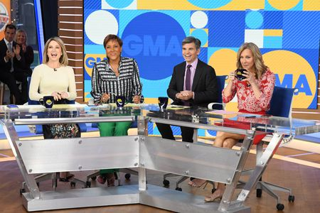 AMY ROBACH, ROBIN ROBERTS, GEORGE STEPHANOPOULOS, LARA SPENCER
