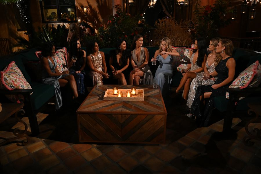 Bachelor 24 - Peter Weber - Jan 6th - Discussion - *Sleuthing Spoilers*  153384_6900-900x0