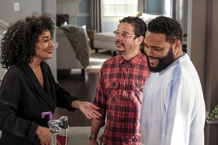 TRACEE ELLIS ROSS, KEVIN BRAY (DIRECTOR), ANTHONY ANDERSON